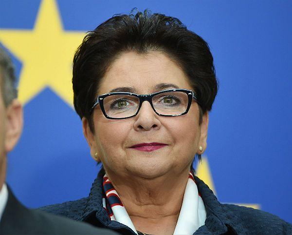 Teresa Piotrowska - minister z przeszłością?