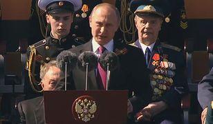 Władimir Putin na defiladzie wojskowej