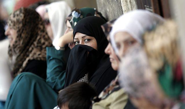 Saudyjki chcą prowadzić samochody, duchowni są przeciwni