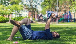 Krótkie i rymowane życzenia na Dzień Ojca. Sprawdź nasze propozycje