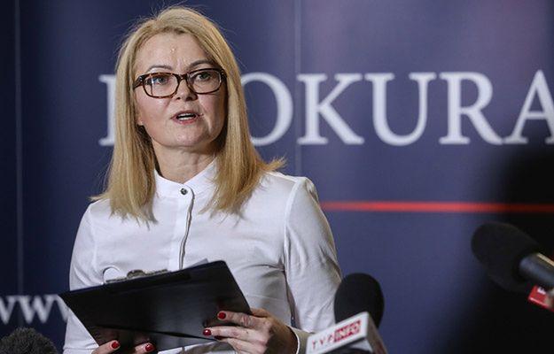 Prokuratura Krajowa: ekshumacje ofiar katastrofy smoleńskiej nie zakończą się w 2017 r.
