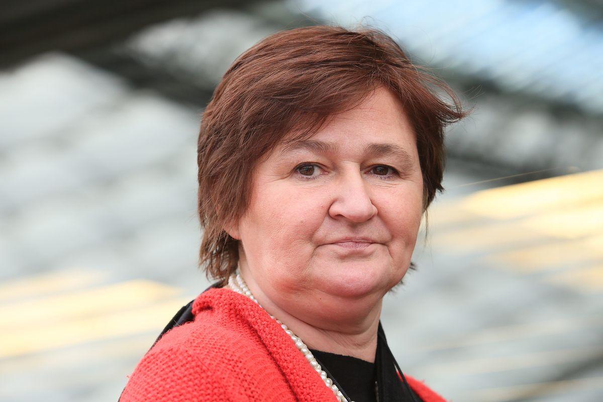 """Magdalena Środa uderza w premier Beatę Szydło. """"To czysty nihilizm taki, jaki doprowadził do zagłady"""""""