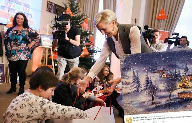 Obraz Agaty Dudy sprzedany za 15 tys. zł. Ekspert: Widać, że jest germanistką