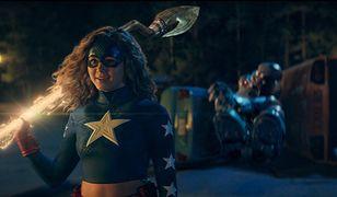 """""""Stargirl"""" sprawdza, czy nastolatka nadaje się na superbohaterkę [RECENZJA]"""