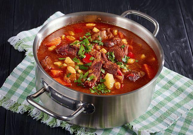 Bogracz - nazwa tej ostatniej potrawy nawiązuje do naczynia, w którym powinna być przygotowywana