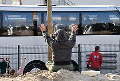 """Francja: zakończono ewakuację nieletnich z """"dżungli"""" w Calais"""