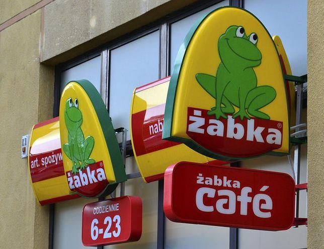 """Sieć """"Żabka"""" zmienia logo?"""