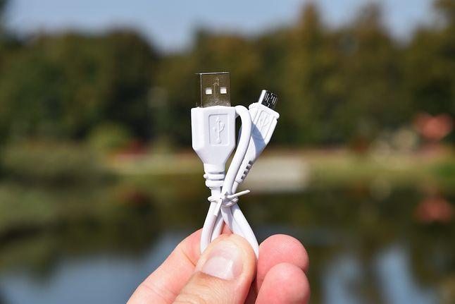 kabel USB-microUSB