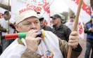 Stoczniowcy pikietują MON, chcą pracy