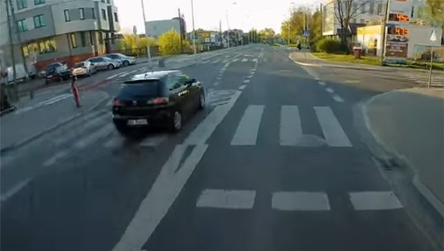 Pirat na ulicach Warszawy. 41 punktów karnych w ciągu krótkiej chwili