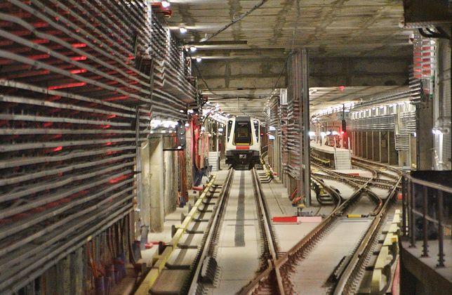II linia metra przewiozła już 7,6 mln pasażerów