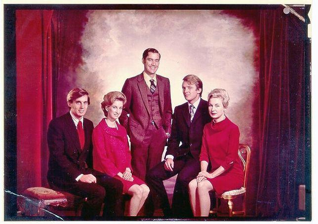 Rodzeństwo Donalda Trumpa. Od lewej: Robert, Elizabet, Fred, Donald i Maryanne