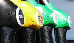 Najtańsze paliwo są dziś w województwach łódzkim i śląskim, gdzie średnia cena Pb95 wyniosła 5,18 zł/l.