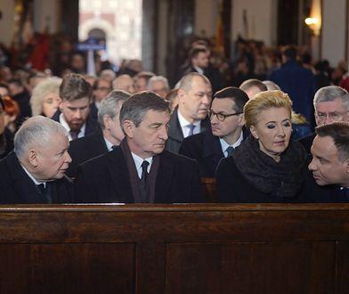 Jarosław Kaczyński i Andrzej Duda na mszy żałobnej w intencji Jana Olszewskiego