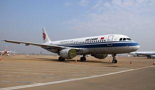 Samolotem leciało 153 pasażerów i 9 członków załogi