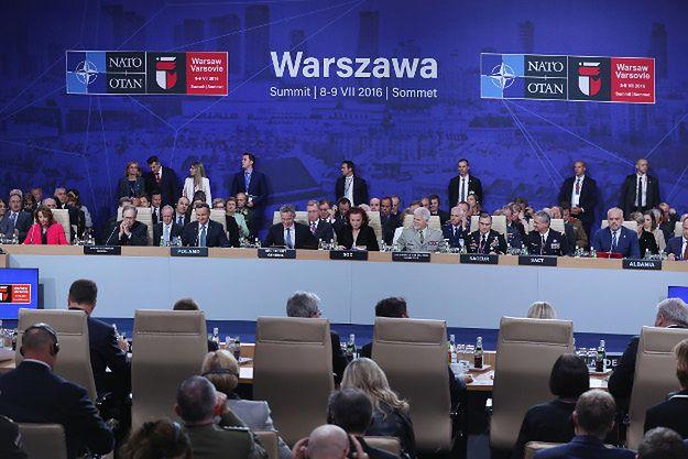Włoska prasa: najważniejsza decyzja NATO to przedłużenie misji afgańskiej