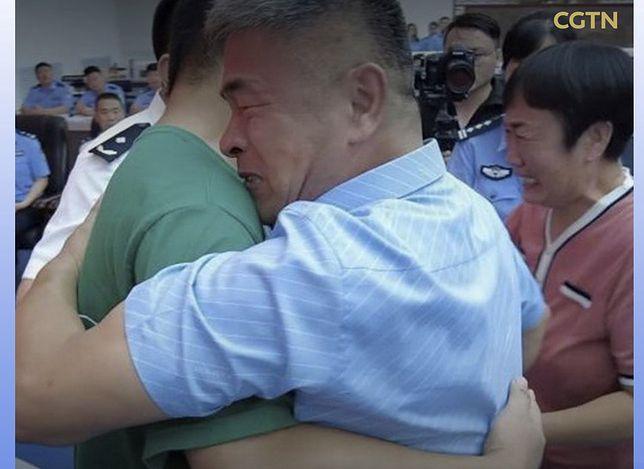 Chiny. Ojciec w poszukiwaniu syna przejechał 500 tysięcy kilometrów.(Fot: Facebook CGTN)