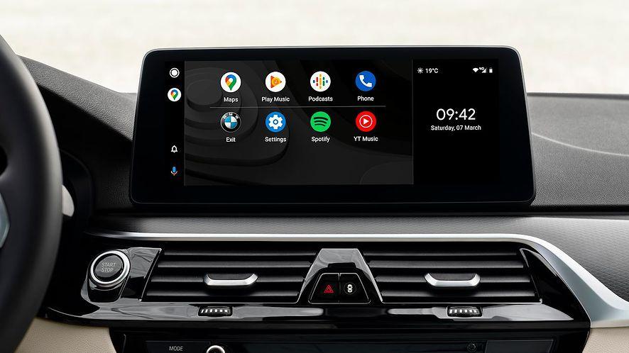 Android Auto na szerokim ekranie przed zmianami, fot. materiały prasowe BMW
