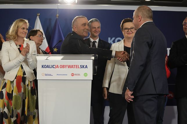 Prezentacja kandydatów Koalicji Obywatelskiej. Na zdjęciu m.in. Grzegorz Schetyna, Paweł Kowal i Paweł Poncyljusz.