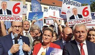 """Sławomir Kłosowski zadbał o odpowiednie """"pozycjonowanie"""" swoich plakatów"""