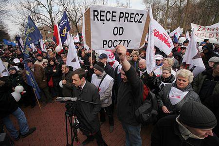Pocztowcy manifestowali przeciwko likwidacji urzędów