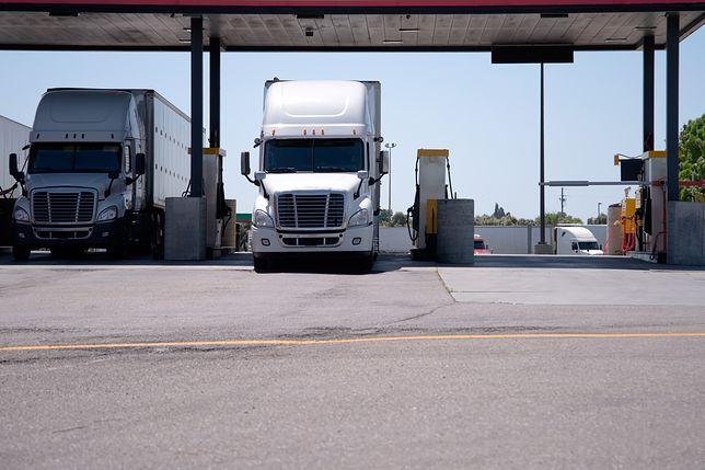 Stacja paliw w USA