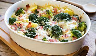 Zapiekanka ziemniaczana z brokułami i szynka parmeńską