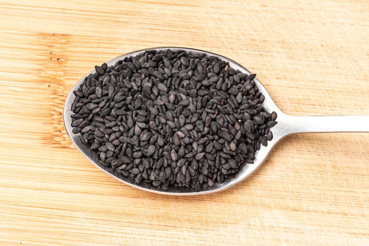 Czarny sezam - hit dla zdrowia. Wspiera pracę żołądka i chroni serce