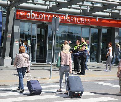 Lotnisko w Modlinie może nie dostać pomocy rządowej.