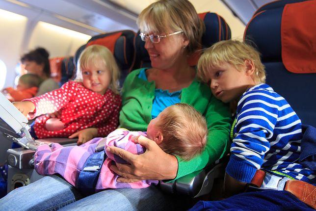 Strefy bez dzieci w samolotach. Czy sprawdziłyby się w Europie?