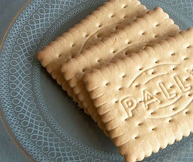 Herbatników często używa się do ciast bez pieczenia