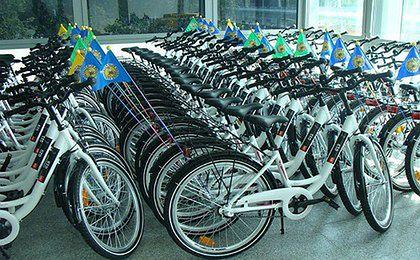 Urzędnicy wsiadają na rowery