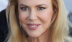 Opuchnięta twarz Nicole Kidman