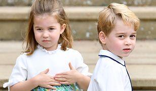 Księżniczka Charlotte i książę George na królewskiej uroczystości