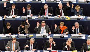Do ostatniej chwili niejasne było, jak zagłosuje PE