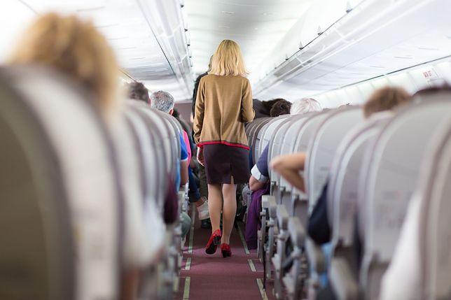 Pasażerowie doprowadzają do awaryjnego lądowania