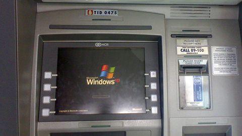 Nie trzeba luk w Windows XP: elektroniczne ataki na bankomaty są coraz sprytniejsze