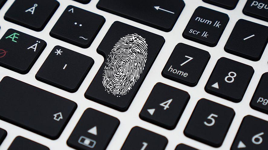 Laptopy nie do złamania – wolne i szyfrowane firmware, bez ME Intela