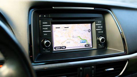 Android Auto: na ekrany samochodów może wrócić szybszy dostęp do pogody