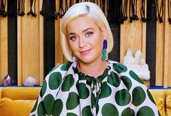 """Katy Perry """"pokazała"""" biust na wizji. Udowodniła, że ma do siebie dystans"""