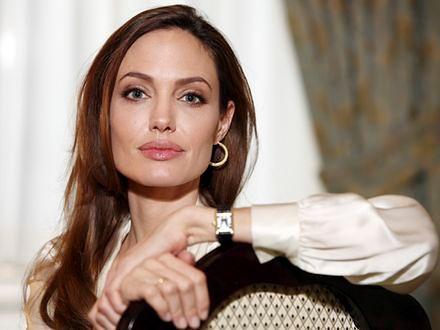 Angelina Jolie: Nauczę się francuskiego i gotowania