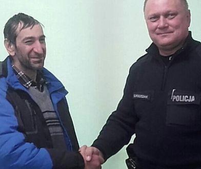 Dzięki pomocy dzielnicowego, Węgier resztę drogi do domu pokonał w autobusie