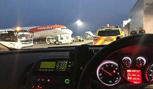 Uczestnicy wieczoru kawalerskiego zostali wydaleni z samolotu, ale lot ostatecznie nie doszedł do skutku