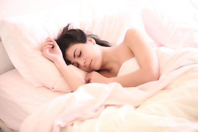 Długość snu u człowieka, czyli ile powinniśmy spać.