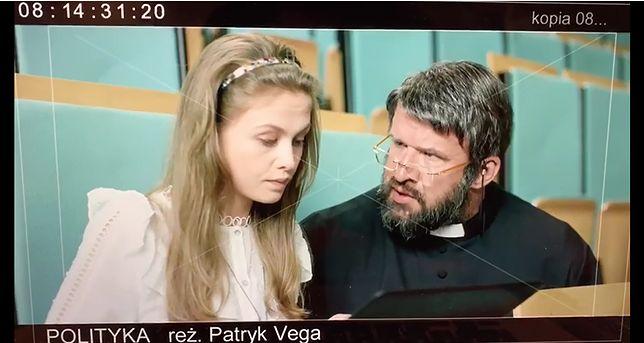 """Anna Karczmarczyk i Piotr Oświeciński w filmie """"Polityka"""""""