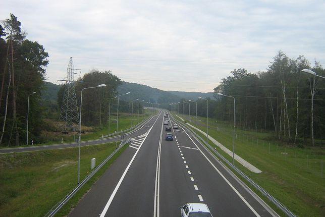 Droga ekspresowa S3 jest zarazem częścią trasy międzynarodowej E65