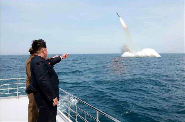 Eksperci: nowa rakieta balistyczna Korei Północnej to oszustwo