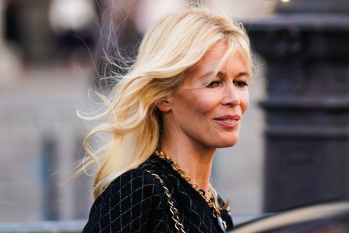 """Claudia Schiffer rozebrała się dla """"Vogue'a"""". """"Jestem dumna ze swojego wieku"""""""