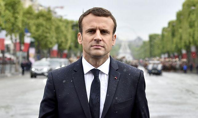 Emmanuel Macron podczas państwowych uroczystości we Francji.