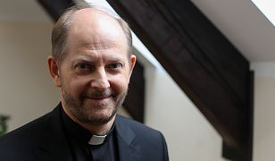 Episkopat ma nowego rzecznika. Jezuita o. Leszek Gęsiak zastąpi ks. dr. Pawła Rytel-Andrianika